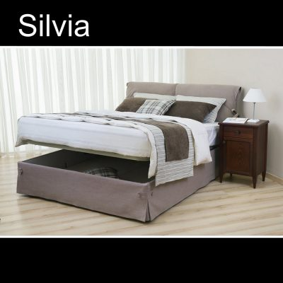 Silvia, Έπιπλα Ζάγκα.